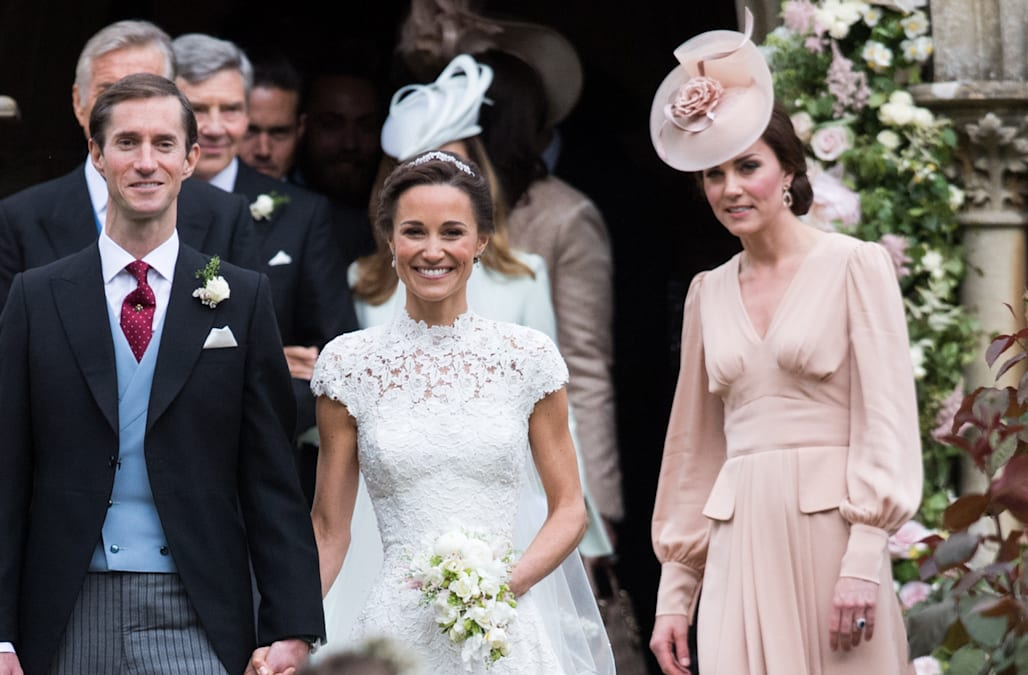 Kate Middleton serves as unofficial bridesmaid at Pippa Middleton\'s ...