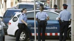 Un hombre mata a su pareja en Badalona y se entrega a la Guardia
