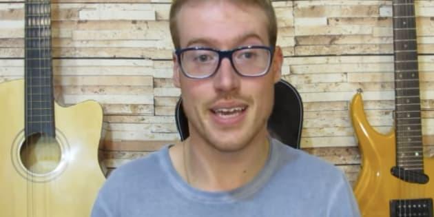 Marcos Petry tem um canal no Youtube em que compartilha vídeos sobre o autismo.