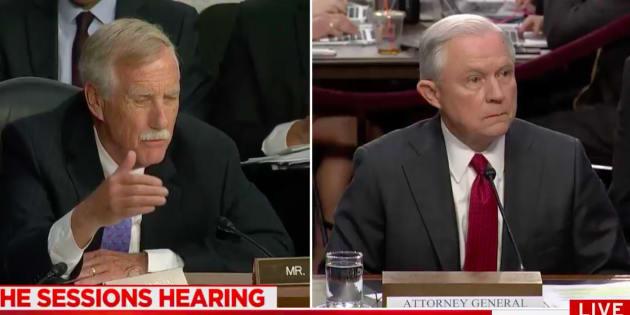 Enquête du FBI sur la Russie : les silences du ministre de la Justice ont sérieusement agacé