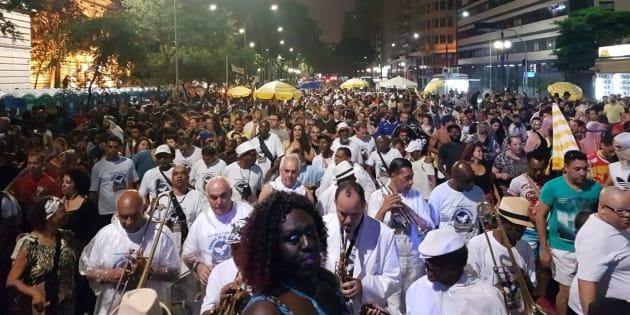 Carnaval no Centro de São Paulo celebra diversidade.