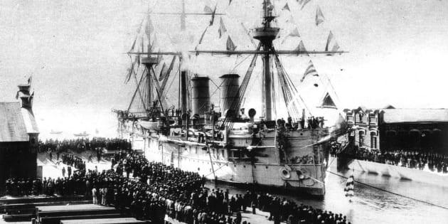 沈没前のドミトリー・ドンスコイ(1897年10月7日)