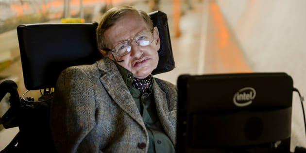 """Stephen Hawking: """"Nel futuro una nuova specie di esseri umani modificati geneticamente ci farà ..."""