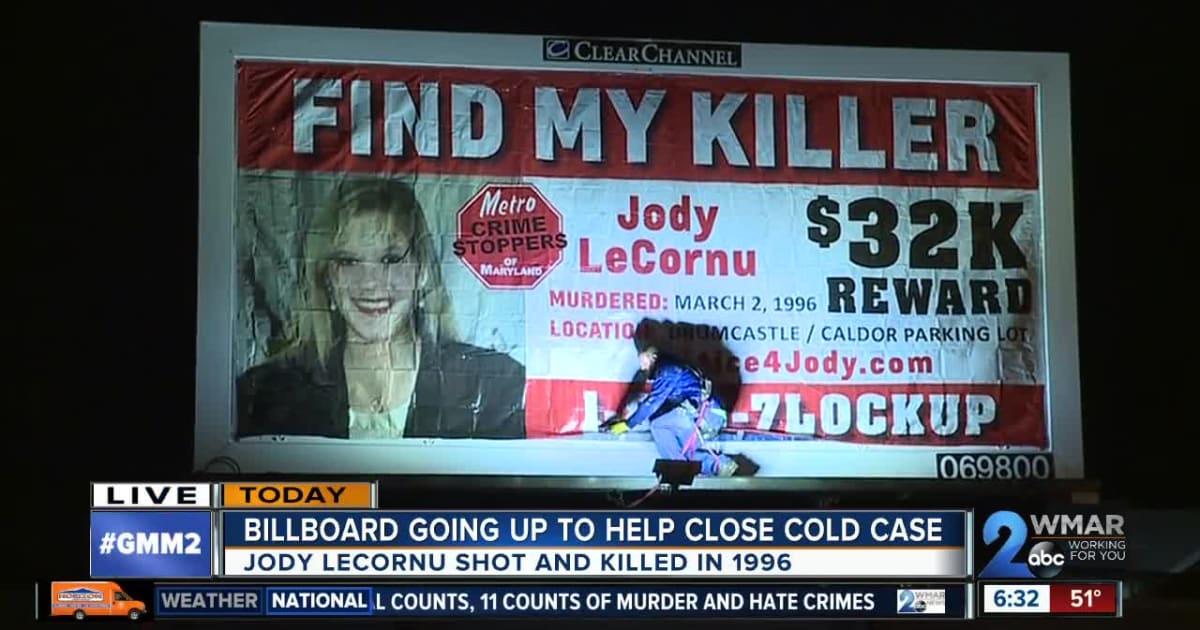 """""""Trovate i killer di mia sorella Jody"""". A Baltimora cartelloni per le strade come nel film """"Tre manifesti a Ebbing, Missouri"""""""