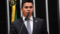 Casas contra aborto em todo o País: A proposta do presidente da 'Frente em Defesa da