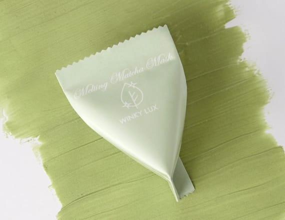 This matcha face mask melts from a powder to a cream