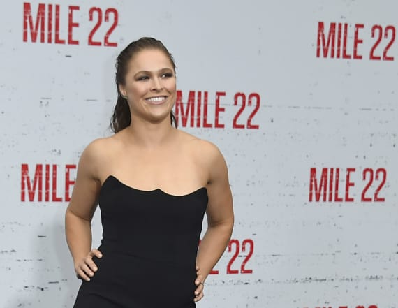 Ronda Rousey reveals gruesome finger injury