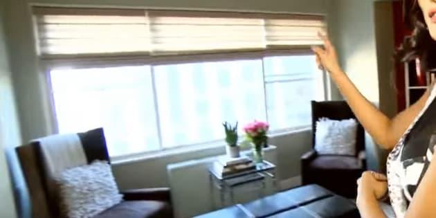 Le salon et la vue du nouvel appartement où vivra Iris Mittenaere pendant un an