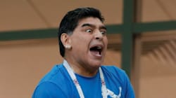 FIFA le llama la atención a Maradona por su