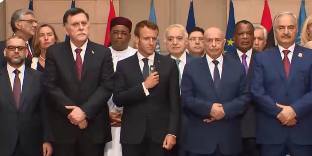 Libye: Macron met d'accord les dirigeants rivaux du pays pour des élections en décembre 2018