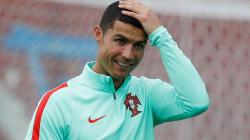 Cristiano Ronaldo confirme être papa de