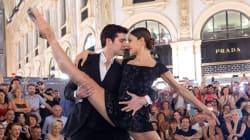 Il video di Roberto Bolle che balla il tango a Milano è la cosa più bella che vedrete