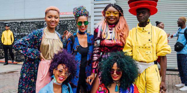 O Afropunk conecta negros de todo o mundo por meio de suas produções na música, arte, cinema, fotografia, comportamento e moda.