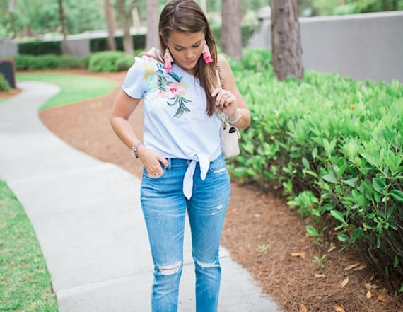 Street style tip of the day: One shoulder