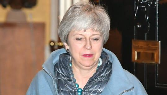 BREXIT, BALLA LA MAY - La premier convoca i deputati Tory: voci di