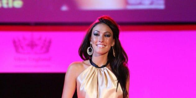 """Sophie Gradon, Miss Grande Bretagne 2009 et star de """"Love Island"""", est décédée."""
