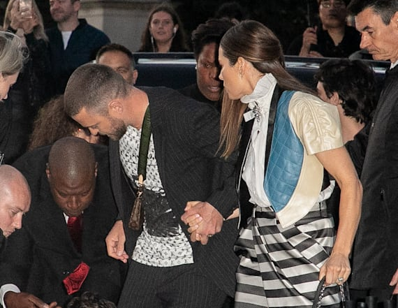 Justin Timberlake nearly tackled by fan at PFW