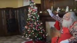 Si los niños no van hacia Santa Claus, Santa va hacia ellos... con