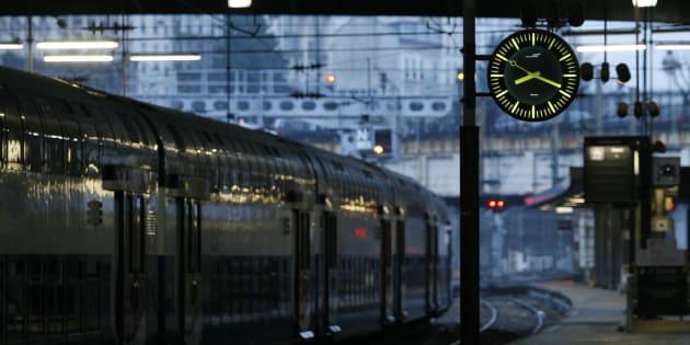 Pagaille la gare montparnasse les trains sont de plus for Plan interieur gare montparnasse