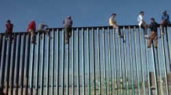 Les images des premiers migrants de la caravane à la frontière