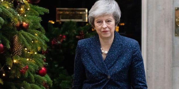 May dice que luchará con todas sus fuerzas en proceso para sacarla del poder.