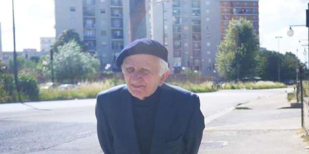 Padre Domenico Pizzuti a Scampia