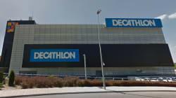 Decathlon pide perdón y rectifica el cartel que más críticas ha