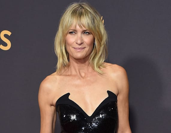 Robin Wright brings gorgeous daughter as Emmys date