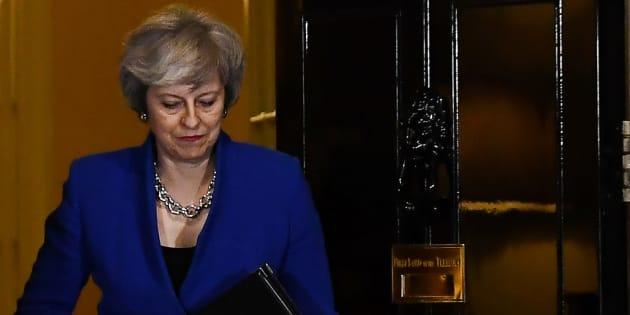 Que peut-elle faire désormais? Les scénarios ne sont pas évidents tant elle semble avoir tout simplement perdu la main.