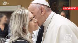 Nata da una violenza e rifiutata dalla madre incontra il Papa: