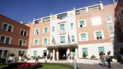 Incendio all'ospedale Villa San Pietro di Roma. Manca la luce, pazienti saranno