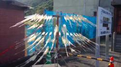 2大ヒーローのイカした競演。甑島列島のイカ干し機を見ていると、胸が熱くなる(動画)