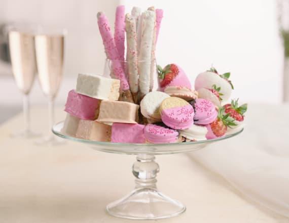 Best Bites Bridal: White chocolate dipped treats