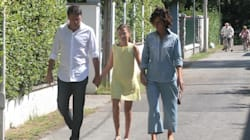 Le vacanze a due facce della famiglia Renzi, dal campeggio low cost al resort extra lusso in