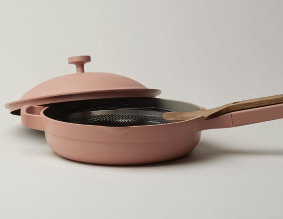 This skillet 'can do basically everything'