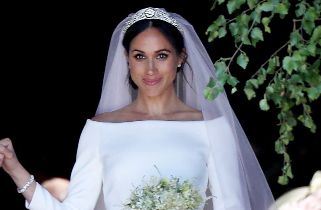 meghan markle talks surreal day queen elizabeth helped her pick out her royal wedding tiara aol lifestyle https www aol com article lifestyle 2018 10 26 meghan markle talks surreal day queen elizabeth helped her pick out her royal wedding tiara 23572598