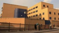 17 inmigrantes se fugan del Centro de Internamiento de Extranjeros de Aluche,