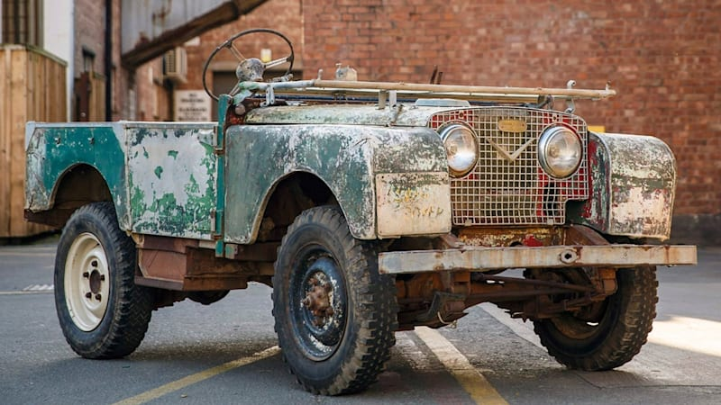 land rover series 1 reborn with factory restoration effort. Black Bedroom Furniture Sets. Home Design Ideas