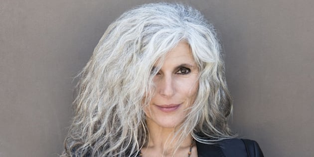 17 Hairstyles That Prove Going Gray (And White) Is Gorgeous ...