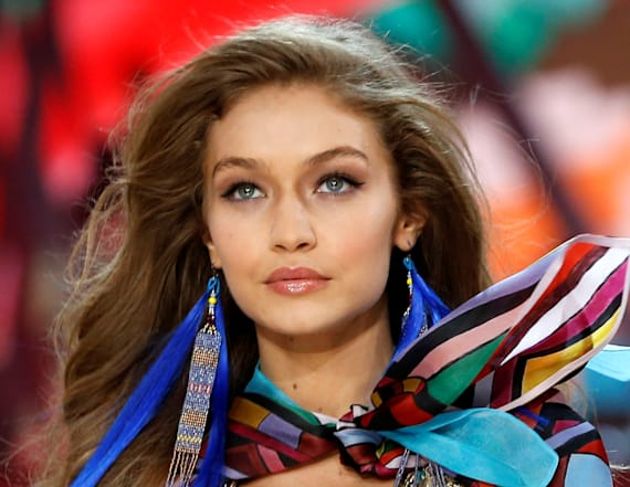 Gigi Hadid drops out of VS Fashion Show