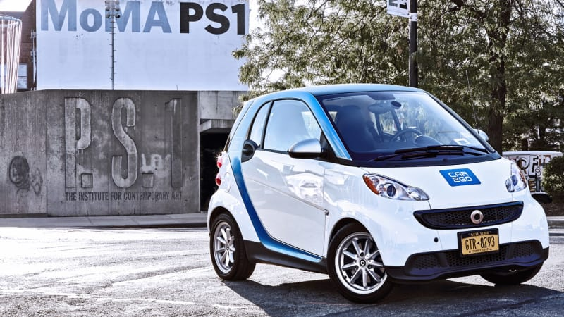 New York City Residents Can Expect To See Even More Blue And White Smart Fortwos Buzzing Around The Le Because Daimler Owned Car2go Carsharing