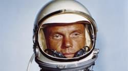 John Glenn, le premier Américain à orbiter la Terre, est