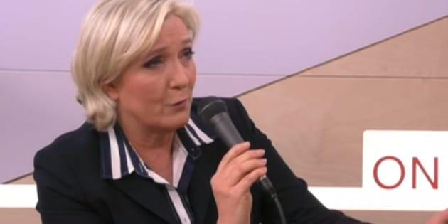 """Le Pen prévient que sa retraite à 60 ans se ferait """"probablement à la fin du quinquennat"""" (si elle se fait)"""
