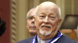 Québec crée un prix Emmett Johns en hommage à