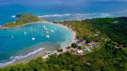 Cette île des Caraïbes risque de se couper en deux à cause de