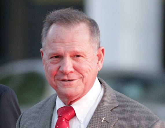 Ex-cop accuses Roy Moore of harassing cheerleaders