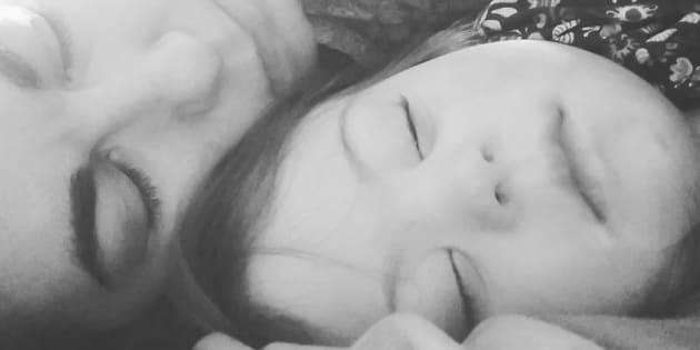 Des mois après l'annonce du handicap de ma fille j'ai compris que je souffrais de stress post-traumatique.