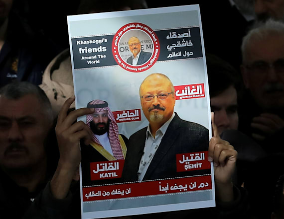 Loved ones mourn Khashoggi as Saudis seek executions