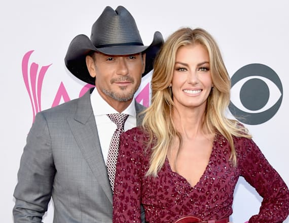 Faith Hill and Tim McGraw look adorable at the ACMs