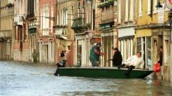 Allarme maltempo in tutta Italia, situazione critica in Veneto e Friuli. In Liguria allerta rossa per la